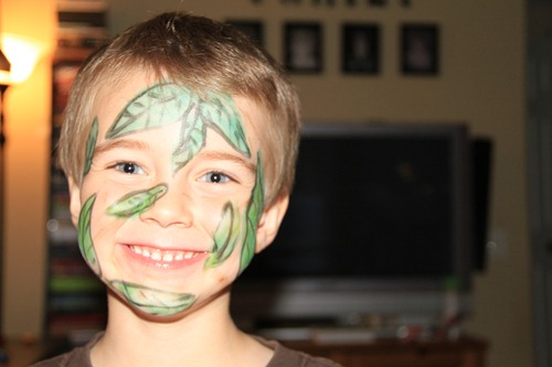 leaf face painting