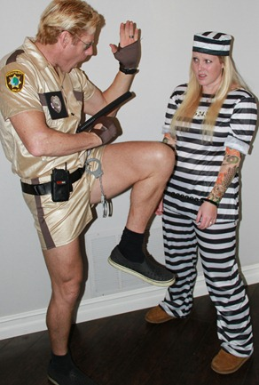 Officer Dangle and prisioner